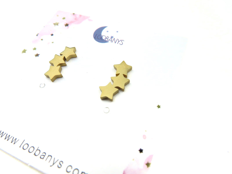 Golden Curve Three Star Earring Studs - LoobanysJewelry