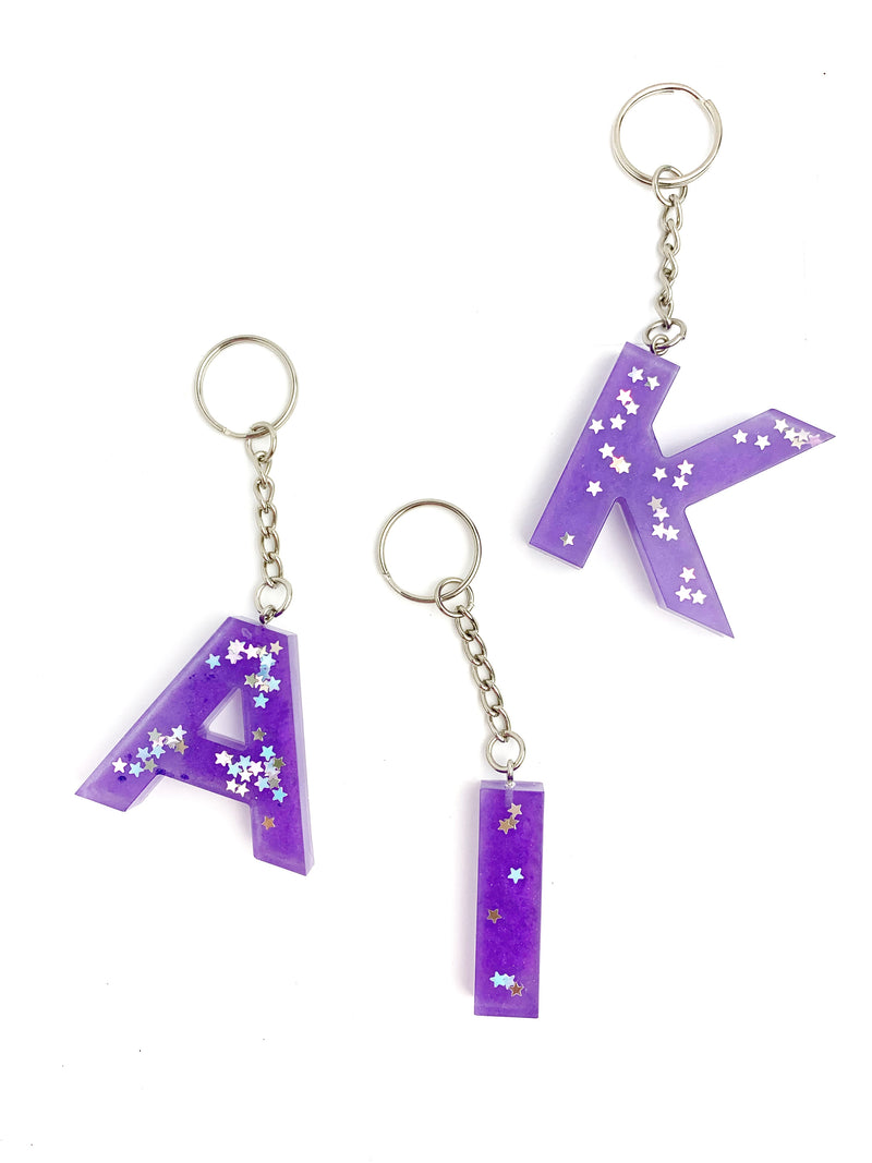 Pearl Violet & Stars Letter Key Chain - LoobanysJewelry