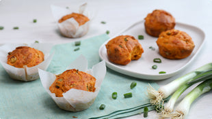 Muffins with ajvar