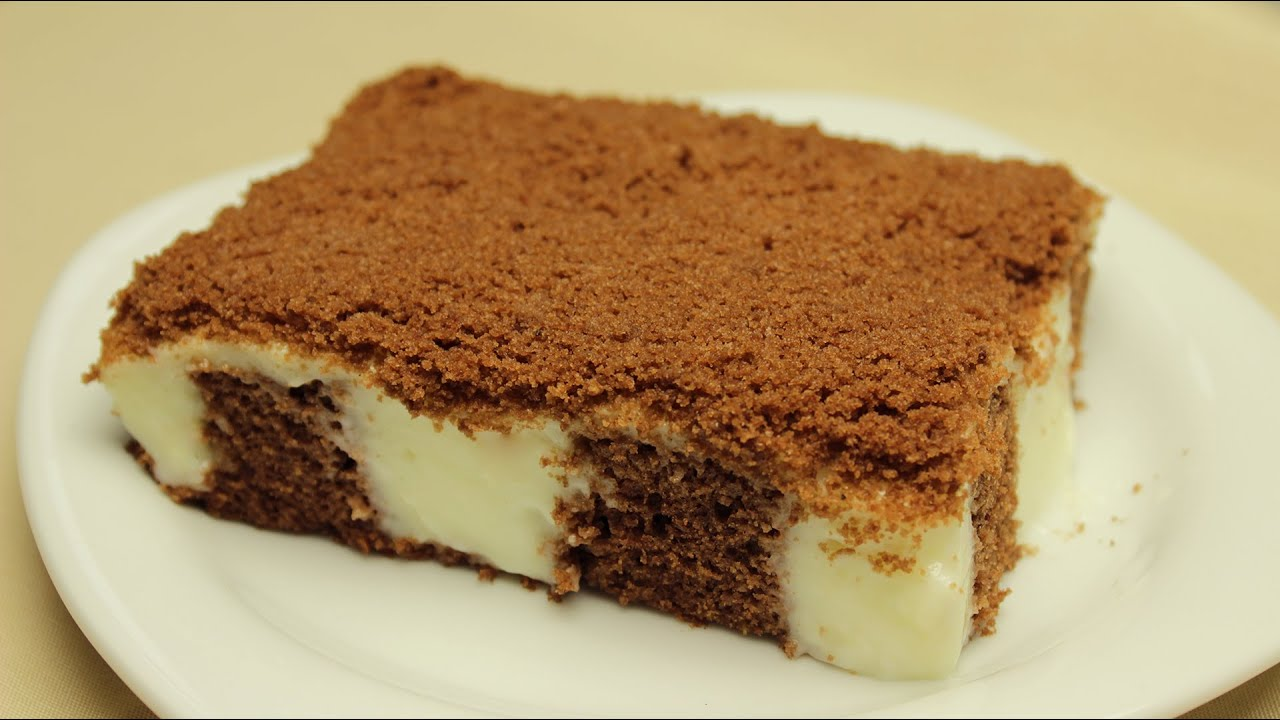 Chocolate Cake with Vanilla Pudding Filling