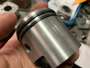 Lightly scratched Single Windowed Piston High Pin