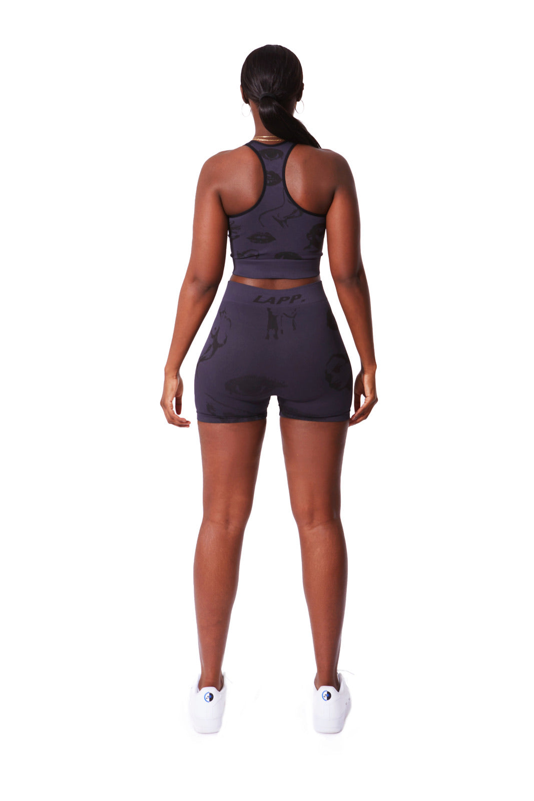 Faces seamless sports bra