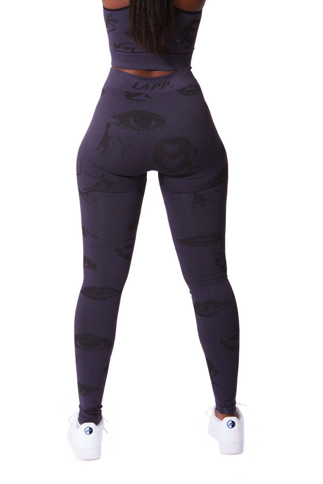 Faces seamless leggings