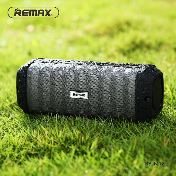 REMAX RB-M12 : Outdoor 4000mAh IPX7 Waterproof Portable Bluetooth Speaker with Mic - LogicInside