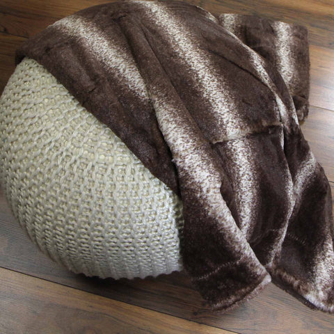 New Faux Fur Nordic Throw Blanket in Brown - So Soft & Warm - 130 x 160 cm