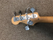 Fender Squire Precision Bass 5-String