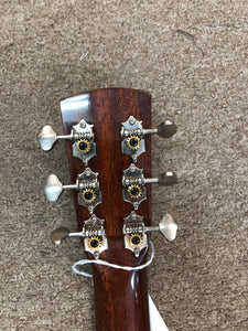 Blueridge BR-40 Solidtop Acoustic Guitar