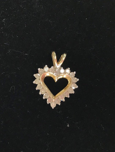 10K Yellow Gold Heart Shaped Round  Cut Diamond PendantCut D