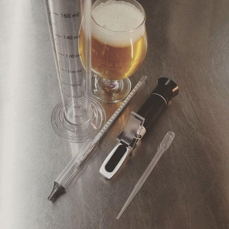 Hydrometer VS Refractometer:  Measuring Your Wort
