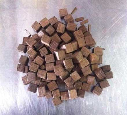 Hungarian Oak Cubes 1 lb, Oak Products - BrewChatter HomeBrew Supply