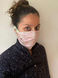 Patterned reversible face mask