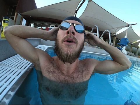 Ben Kanute wearing THEMAGIC5 goggles in the water