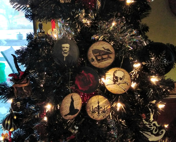 Gothic Christmas 6 piece Ornaments