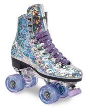 New hologram boot and futuristic clear plate really set this skate a part from anything on the market today.  High rebound color matched Motion wheels, sparkle lace, cushions, and Carrera toe stop.