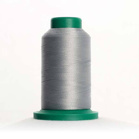 Isacord 5000m/5500yd 40wt solid trilobal polyester thread  number 0142 Sterling
