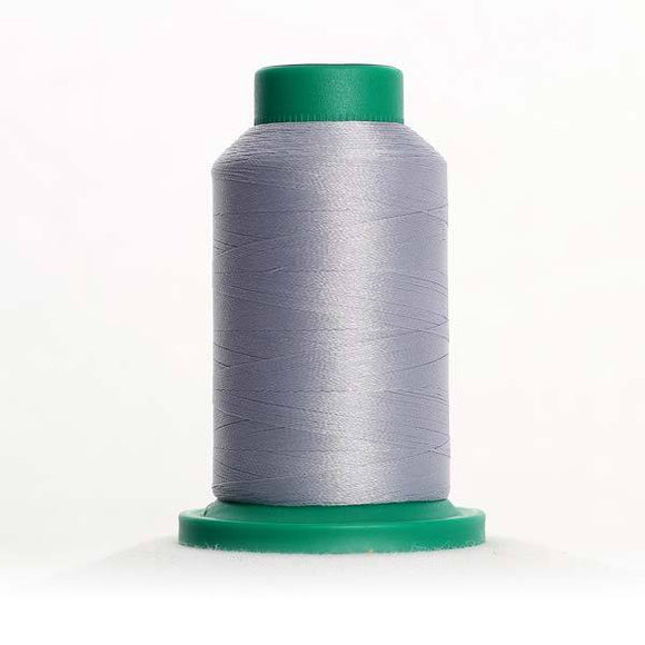 Isacord 5000m/5500yd 40wt solid trilobal polyester thread  number 3572 Summer Grey