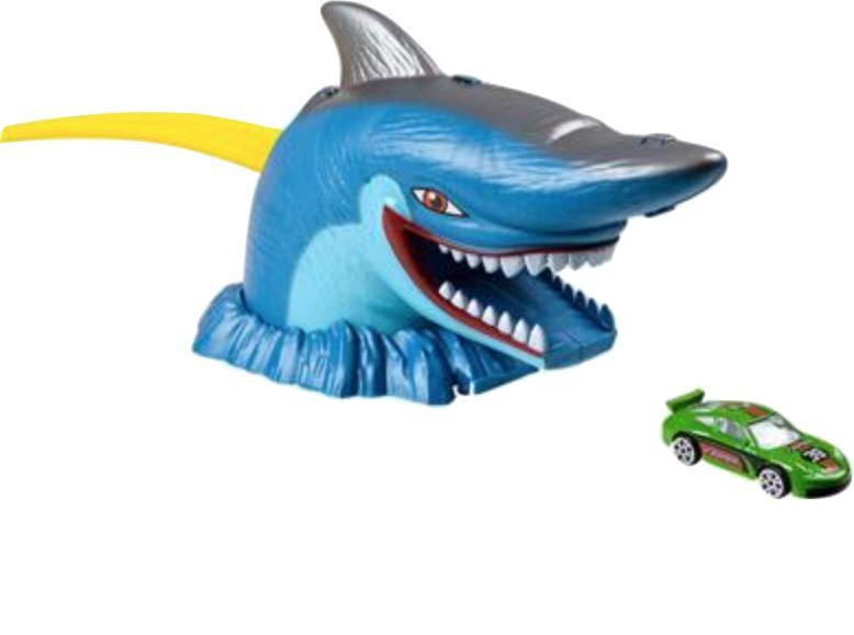 AQUATIC EXPEDITION SHARK ESCAPE Fun! Swoop Is Fun