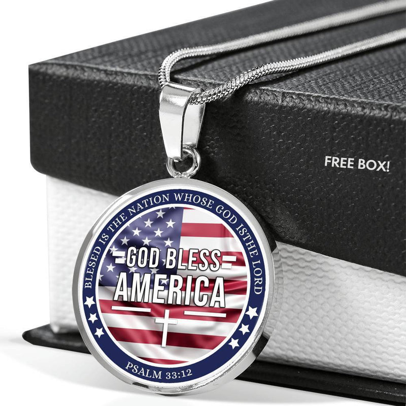 "God Bless America Flag Circle Pendant Necklace Stainless Steel Adjustable 18""-22"" Express Your Love Gifts"