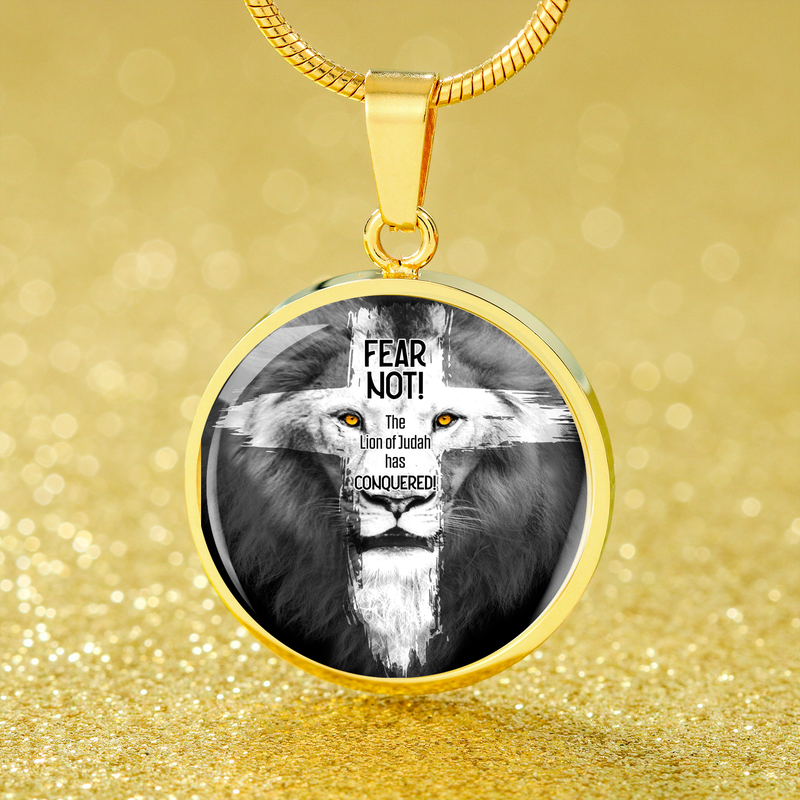 "Lion of Judah Pendant Bible Verse Circle Necklace 18k Gold 18-22"" - Express Your Love Gifts"