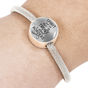 Express Your Love Gifts Spirit Lead Me Where My Trust is Without Borders Christian Faith Jewelry Circular Charm Bracelet