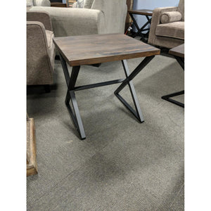 Izra End Table