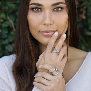 R6 - Statement rings