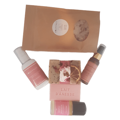Smelling of Roses Set