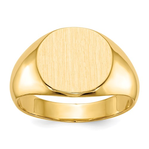 Round Signet Ring in Gold - Medium
