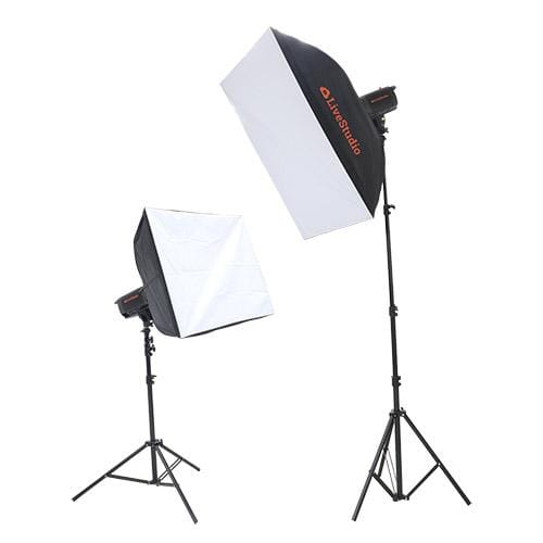 Photo studio LED light kit controlled by software