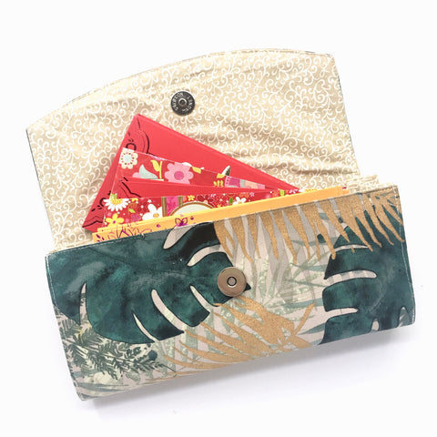 Handsewn Red/Green Packet Organiser - Golden Leaves