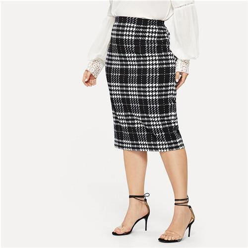 Black Solid Plaid Skirt
