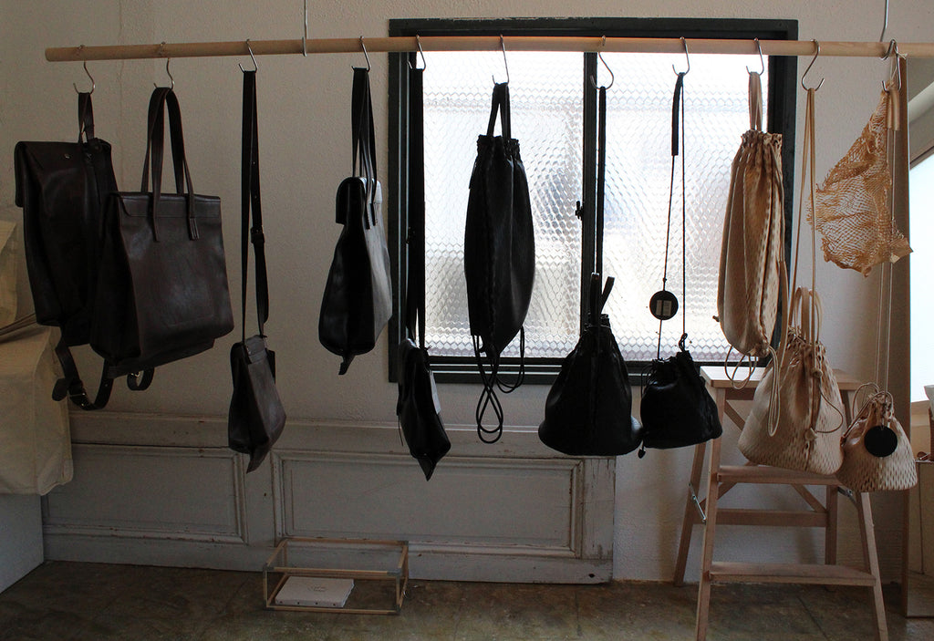 irose shop with bags
