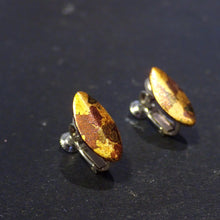 "Atelier Hifumi - Earrings ""Leaf"" with gold leaf"