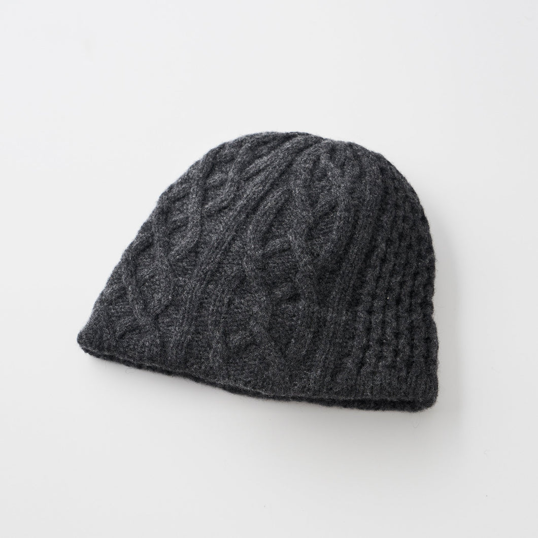 Slant cutting knit cap aran2 long rib
