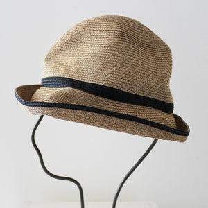BOXED HAT for women / 7cm brim switch color line