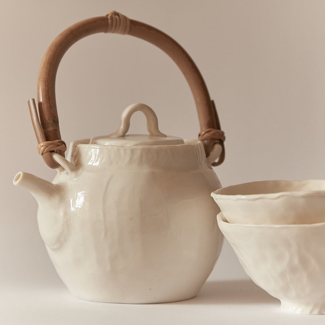 Jyugo Set Glazed (Teapot with two teacups)