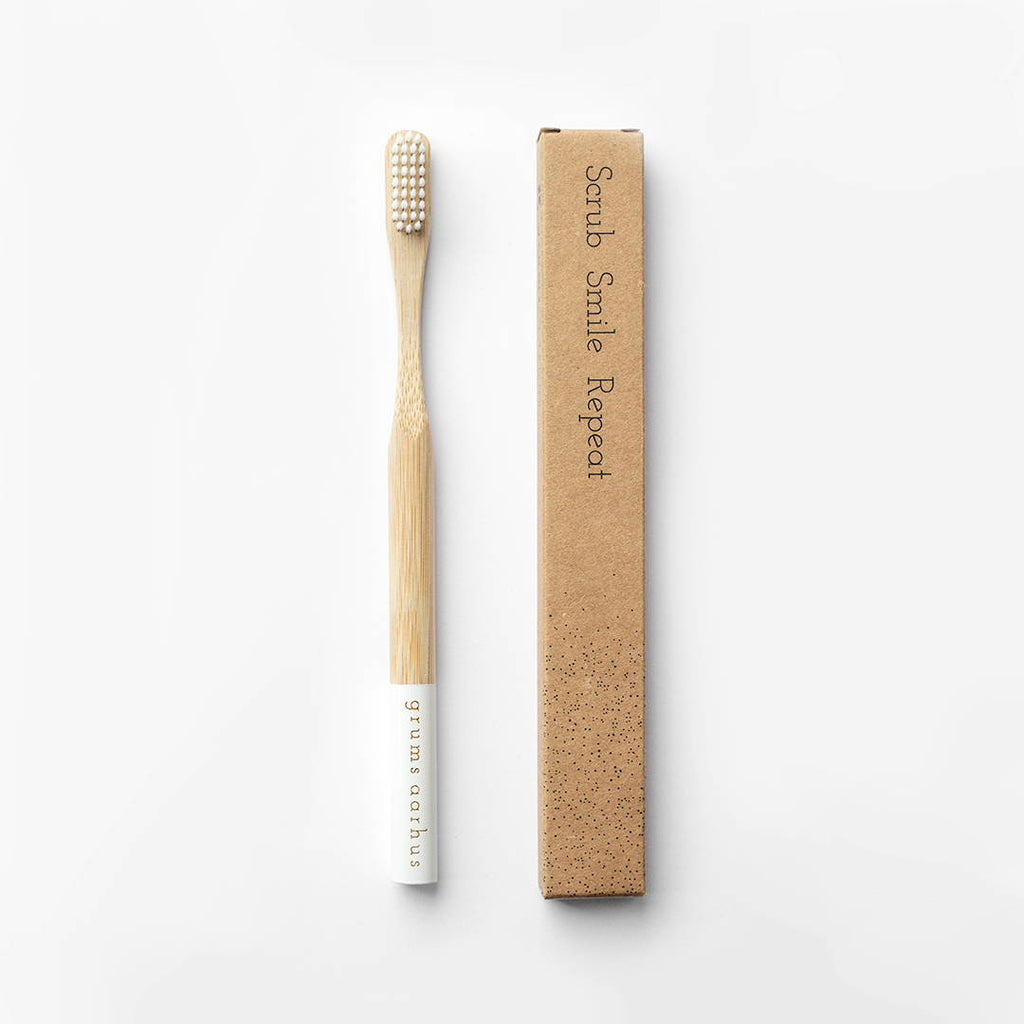 Eco-friendly Bamboo Toothbrush X Grums