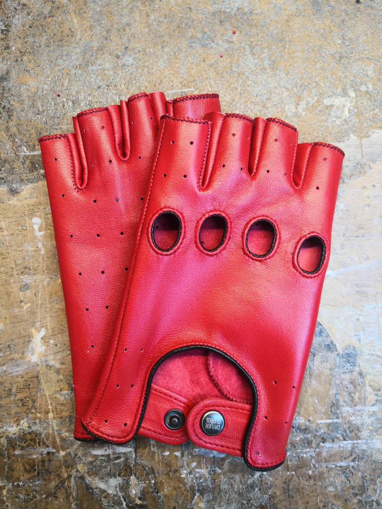 Red Women Leather Gloves - 96.032.10