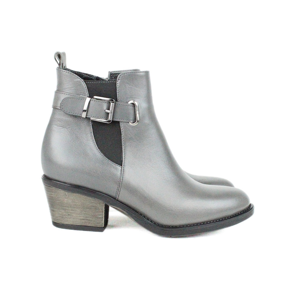 Gray Women Leather Boots - 9.079.05