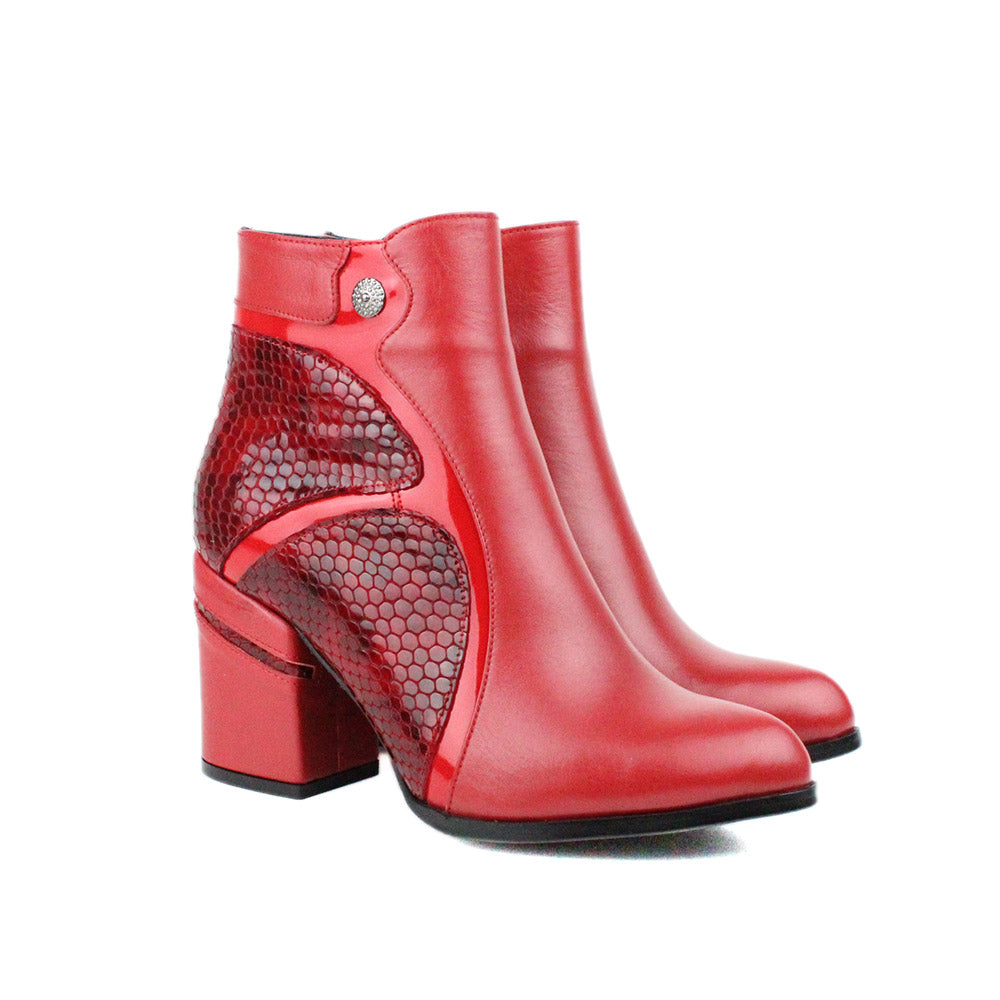Red Women Leather Boots - 9.028.10