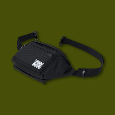 Seventeen Hip Pack - Black