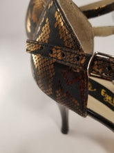 Handmade tango dance shoes. Black &Gold Leather Dance Shoes. Leather Sole.