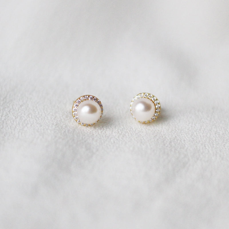 18K Gold Plated Elegant Pearl Earrings
