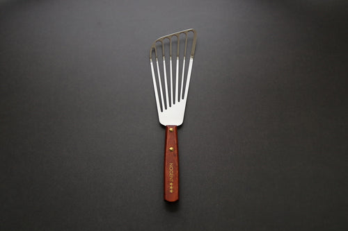 Nogent 3 star wood handle fish spatula - The Cook's Edge
