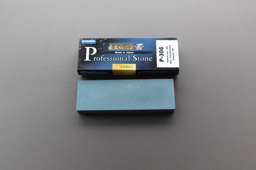 Naniwa Professional 600 grit 210x70x20mm - The Cook's Edge