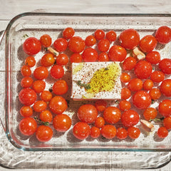 Pasta with feta cheese and cherry tomatoes viral