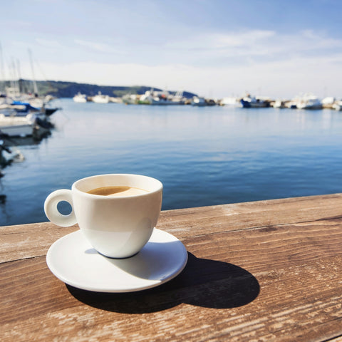 drinking coffee while on the Mediterranean diet