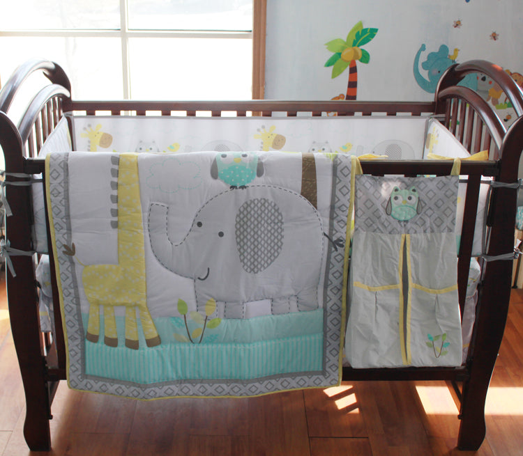 Sweet Safari - 8 Pc Nursery Bedding Set