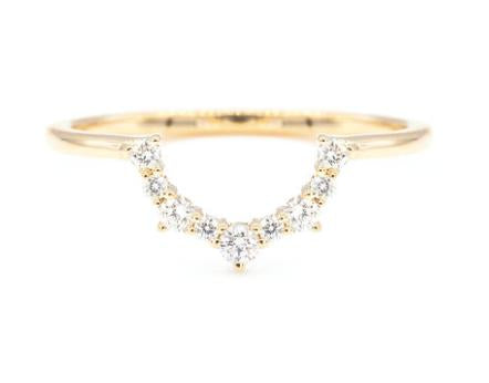 SKYLER TAPERING DIAMOND CURVED BAND
