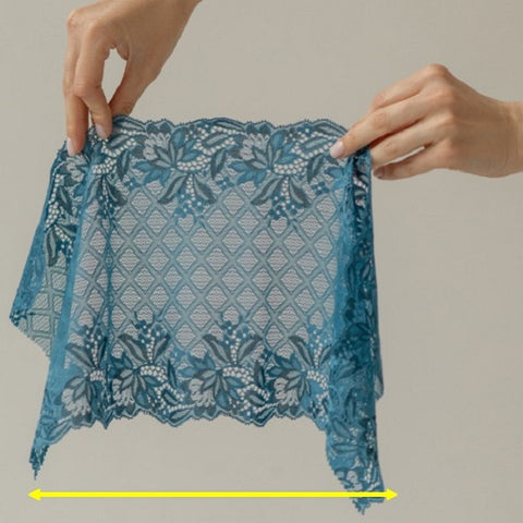 Blue lace with yellow arrow